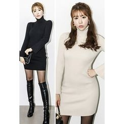 INSTYLEFIT - Turtle-Neck Bodycon Dress