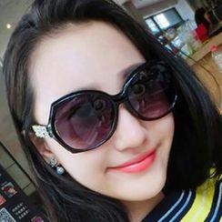 UnaHome Glasses - 水鑽墨鏡