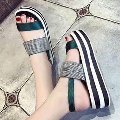 SouthBay Shoes - Platform Sandals