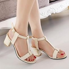 Mancienne - T-Strap Chunky-Heel Sandals