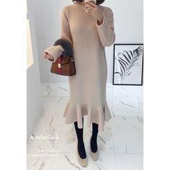 Miamasvin - Ruffle-Hem Knit Midi Dress