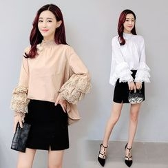 AiSun - Tiered Lace Panel Top