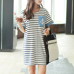 CLICK - Anchor Pocket Striped T-Shirtdress