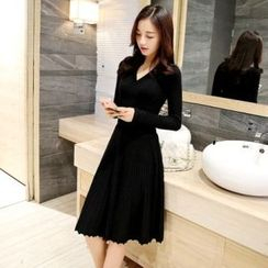 Romantica - Long-Sleeve V-Neck Pleated Dress