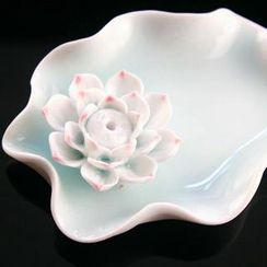 Kawa Simaya - Lotus Incense Tray