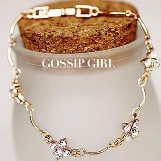 Gossip Girl - Rhinestone Flower Bracelet
