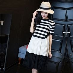 Maiden's Tale - Maternity Set: Slit Side Stripe Short-Sleeve T-Shirt + Color Block Pleated Midi Skirt