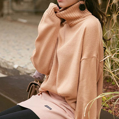 chuu - Turtle-Neck Drop-Shoulder Knit Top