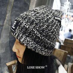 Lose Show - Applique Knit Couple Beanie