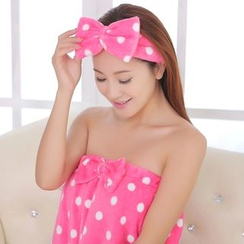 Showroom - Set: Bow-Accent Bath Towel + Bow Accent Hair Band