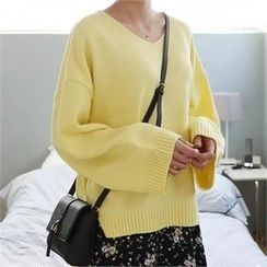 CHICFOX - V-Neck Loose-Fit Knit Top