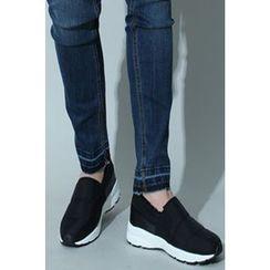 Ohkkage - Fleece-Lined Slip-On Shoes