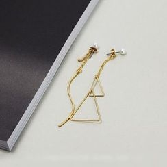 Wind Valley - Triangle Non-Matching Drop Earrings