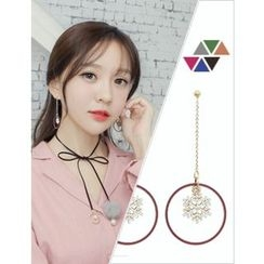 soo n soo - Snow Flake Hoop Drop Earrings