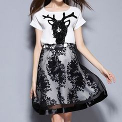 Merald - Set: Sequined Deer Short Sleeve T-Shirt + Mesh Overlay A-Line Skirt