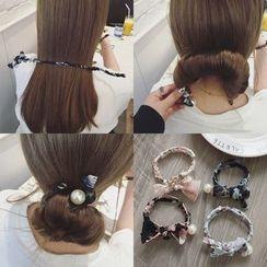 L for Love - Floral Print Hair Bun Maker