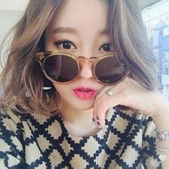 TAAK - Vintage Sunglasses