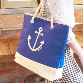 nine percent - Two-Tone Anchor-Print Tote