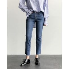 UPTOWNHOLIC - Fray-Hem Straight-Cut Jeans