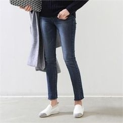 PEPER - Washed Boots-Cut Jeans