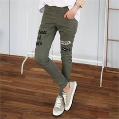 CHICFOX - Band-Waist Lettering Pants