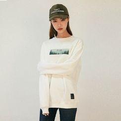 Vintage Vender - Printed Oversized Sweatshirt