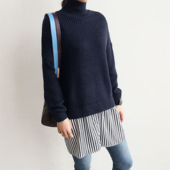 NANING9 - Turtle-Neck Layered-Shirt Sweater