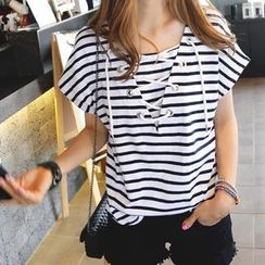 REDOPIN - Lace-Up Front Striped Top