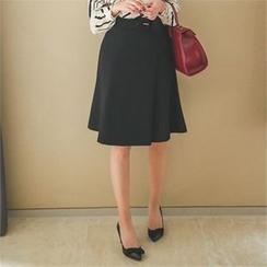ode' - A-Line Skirt with Belt