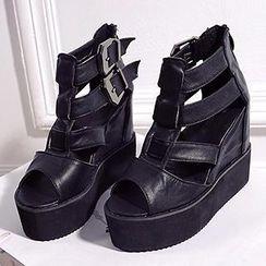Mancienne - T-Strap Wedge Sandals