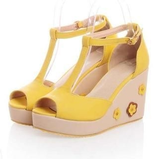 Pangmama - Corsage Accent T-Strap Wedge Sandals