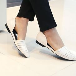 DANI LOVE - Faux-Leather Pointy-Toe Flats