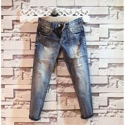 Sundipy - Washed Distressed Cropped Jeans