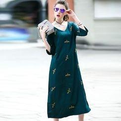 洛圖 - 刺繡A字連衣裙