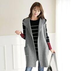 CLICK - Wool Blend Hooded Vest