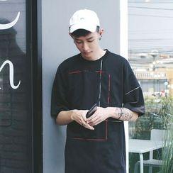 Mr. Cai - Short-Sleeve Paneled T-Shirt