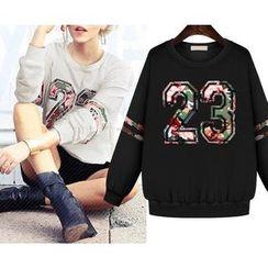 GRACI - Number Applique Sweatshirt