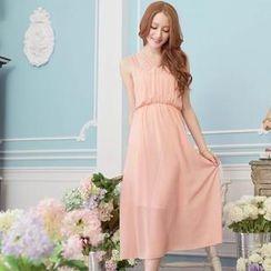Tokyo Fashion - Sleeveless Gathered-Waist Chiffon Maxi Dress