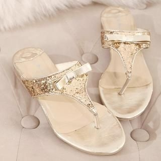 X Times - Sequined Bow-Accent Thong Sandals