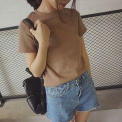 MATO - Short Sleeve T-Shirt