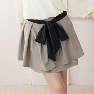 CatWorld - Tie-Waist Layered Skirt