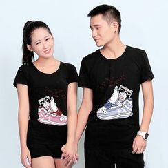 Matcha House - Couple Matching Shoe Print Short-Sleeve T-Shirt / Shorts