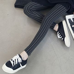 Fashion Street - Maternity Stripe Leggings