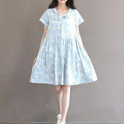 Snow Flower - Short-Sleeve Floral Dress