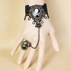Fit-to-Kill - Lace Pirate Skull Bracelet