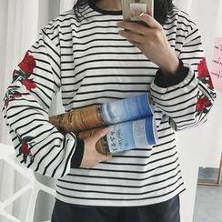 11.STREET - 刺绣卫衣