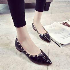 Wello - 鉚釘粗跟高跟鞋