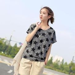 CLICK - Distressed Star Print T-Shirt