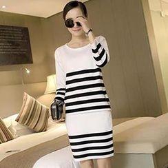 Leawell - Set: 3/4-Sleeve Striped Knit Top + Knit Skirt