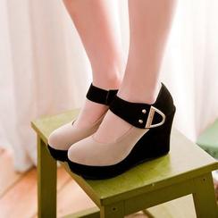 Blingon - 插色饰扣船跟鞋